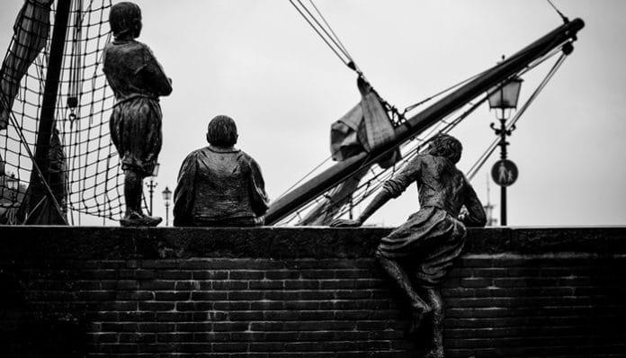 Enis Behiç Koryürek Şiirleri-Gemiciler