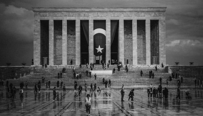 Vasfi Mahir Kocatürk Şiirleri-On Kasım