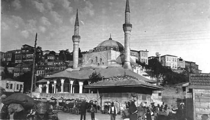 Mehmet Akif Ersoy Şiirleri-Gölgeler / Said Paşa İmâmı *
