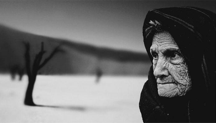 Mehmet Akif Ersoy Şiirleri-Safahat / Kocakarı İle Ömer