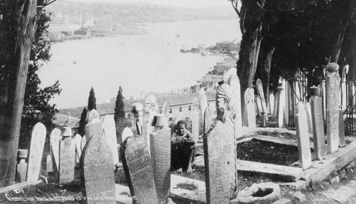 Abdülhak Hamit Tarhan Şiirleri-Ölü